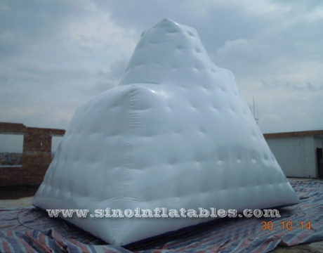 Outdoor commercial use iceberg inflatable water game